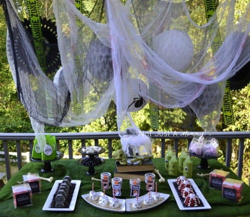 Get a lot of great Halloween Party ideas from this awesome Zombie Party!