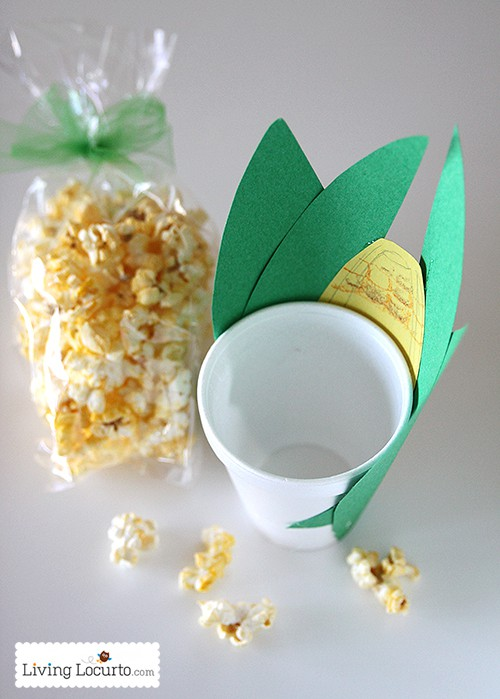 Popcorn Snack Thanksgiving Corn Treat. A Cute Paper Cup Kids Craft or Party Favor. LivingLocurto.com