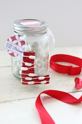 Homemade Letter Ornament | Christmas Gift in a Jar