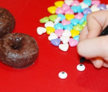 How to make kitty cat donuts. Fun food idea!