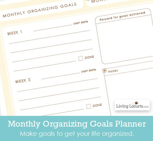 Get your life organized with this personal printable planner. Comes with a 2015 Calendar and 6 life organizational sheets. Cleaning calendar with simple tips, Weekly Calendar, Monthly Goals, To Do Lists and more! LivingLocurto.com