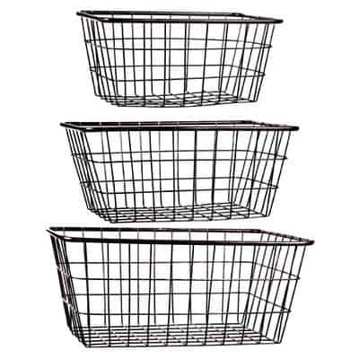 3 Piece Storage Wire Basket set. Great bathroom organization idea!