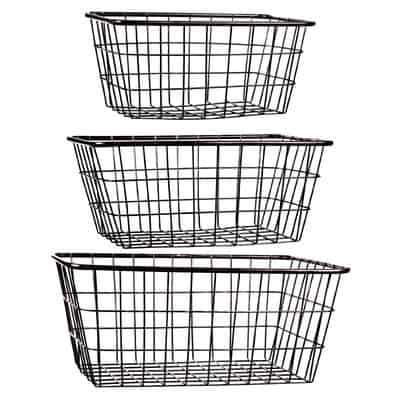 3 Piece Storage Wire Basket set. Great bathroom organization idea!