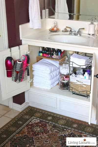 Easy Bathroom Organization Ideas Quick organizing ideas for a small bathroom.