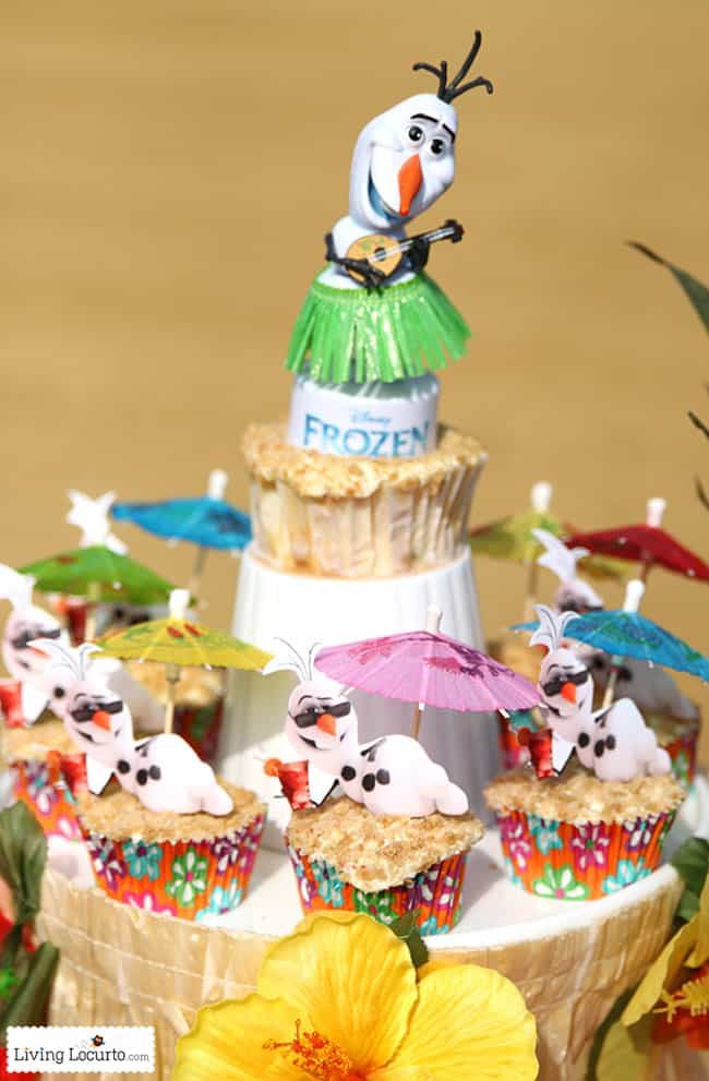 Frozen in Summer Birthday Party Ideas! Fun food ideas, Olaf cupcakes and games for the beach or pool party. See more at LivingLocurto.com