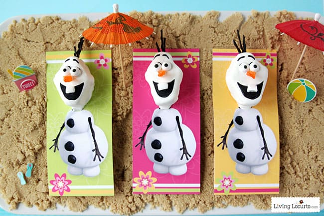 Frozen in Summer Birthday Party Ideas and Olaf Marshmallow Pops! Disney's Olaf finally gets to enjoy the beach at a Luau. Fun food ideas, cupcakes, printables and games for the beach or a pool party. LivingLocurto.com