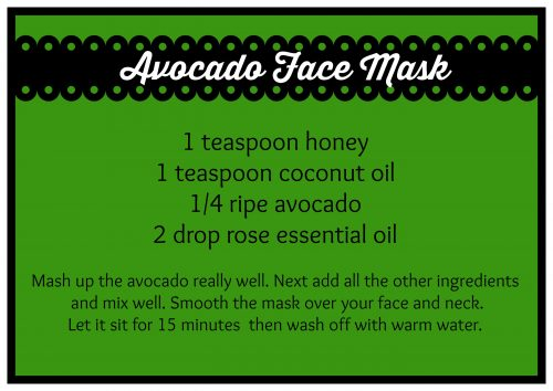 Easy DIY Honey Avocado Face Mask recipe - Homemade skin care. LivingLocurto.com