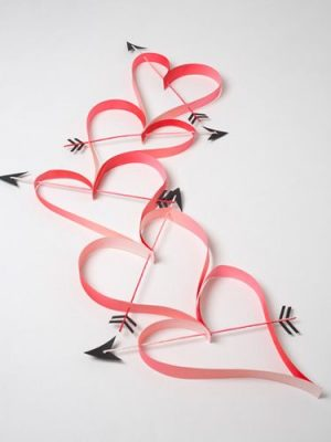 Heart Paper Garland   DIY Home Decoration Ideas For Valentineu0027s Day. Easy  To Make Home