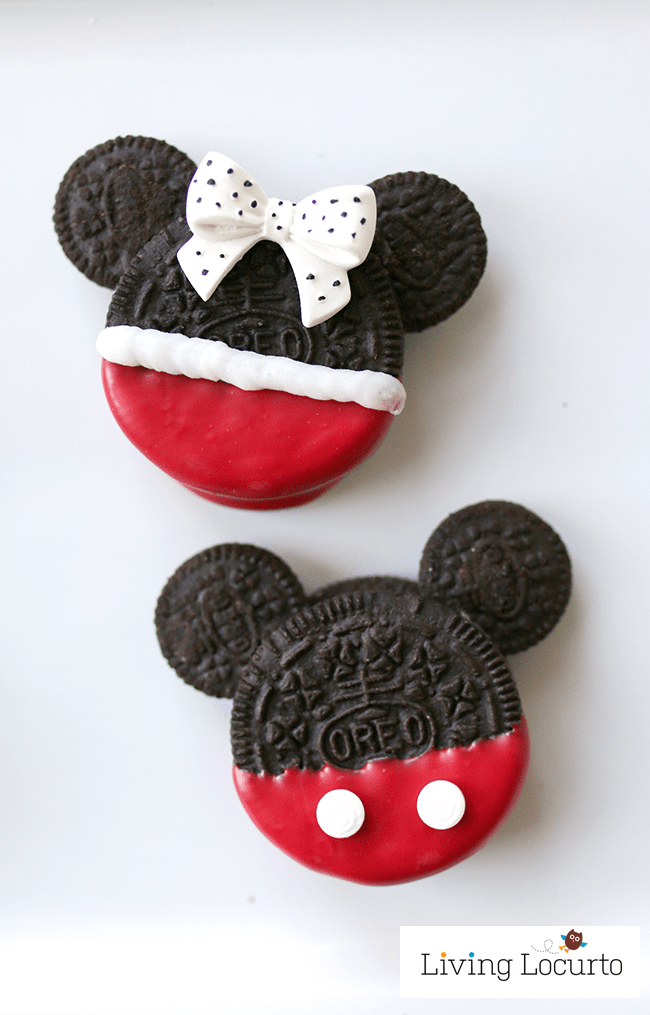 Cute Disney Cookies! Mickey & Minnie Mouse Oreo Cookies are perfect for a Disney Birthday Party or Everyday Fun Food Idea for Kids! LivingLocurto.com
