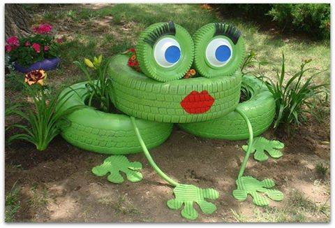 Garden Art Ideas yard art ideas from junk more garden junkart accoutrement ideas empress Creative Ways To Add Color And Joy To A Garden