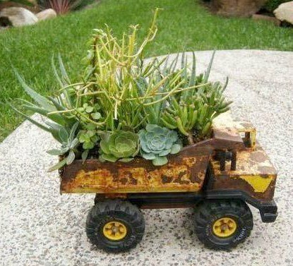 Old Vintage Truck Flower Planter! Creative Ways To Add Color And Joy To A  Garden