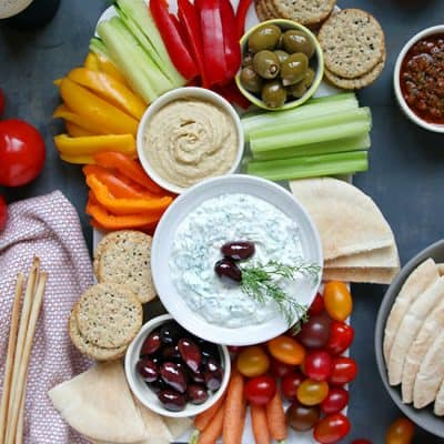 Low Carb Greek Tzatziki Dip Recipe and Vegetable Platter