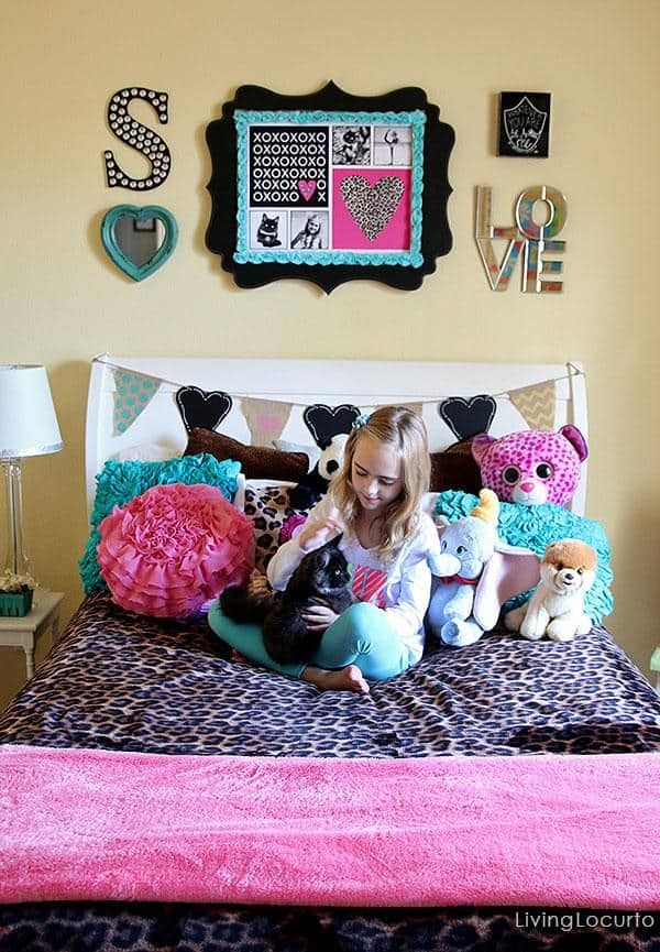 Girls bedroom ideas pink and leopard print! Girls Bedroom Wall Art Ideas. Decorating ideas and cute DIY Inspiration for personalized art. LivingLocurto.com