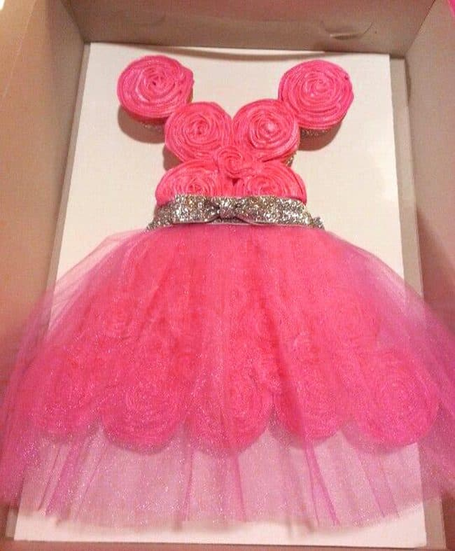 Simple Princess Dress - Best Birthday Pull Apart Cupcake Cakes. Simple creative princess cake inspiration for a birthday party celebration.