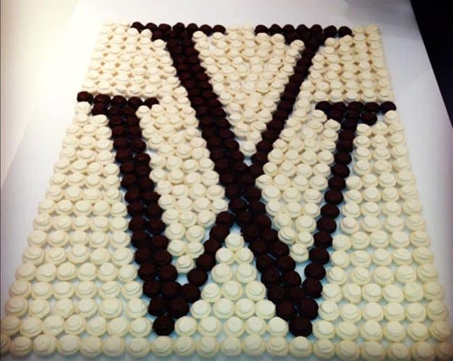 Monogram Cake. Best Birthday Pull Apart Cupcake Cakes. Simple creative cake inspiration for a birthday party celebration.
