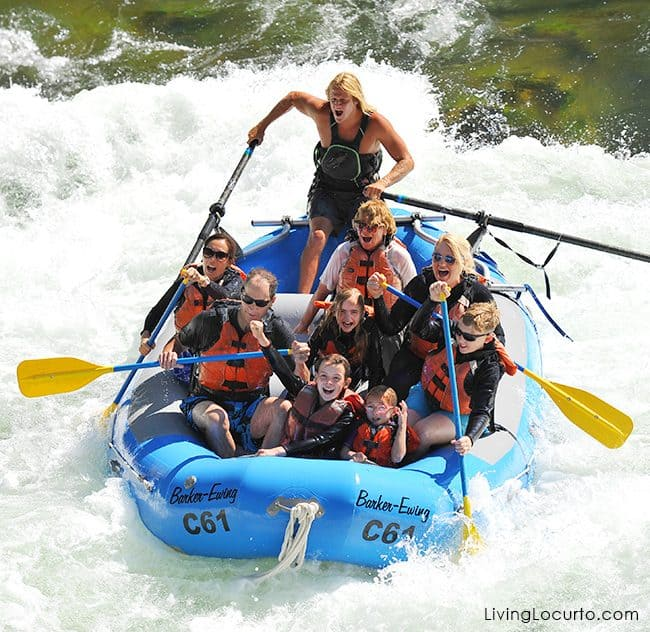 Yellowstone Grand Teton National Geographic Family Expedition - 6 Things To Do on a Family Vacation to Grand Teton National Park. We loved white water rafting! These travel tips are must do activities that the whole family will enjoy!