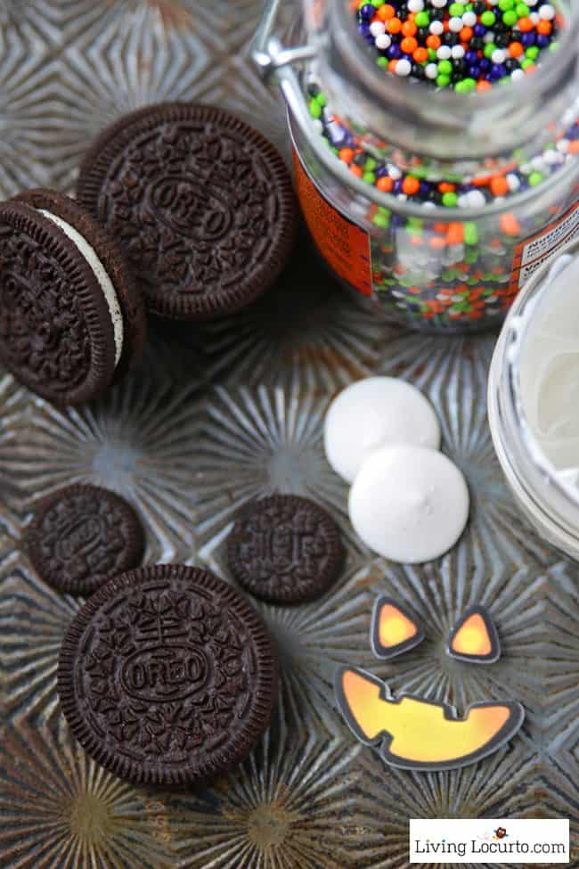 Mickey Mouse Halloween Cookies are adorable Halloween Treats! Easy no bake cookie made with Oreo cookies. Fun food jack-o-lantern Disney themed holiday party dessert recipe for kids. LivingLocurto.com