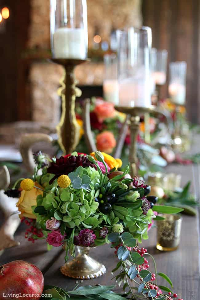 Beautiful Fall Table Decorations and Autumn Flowers