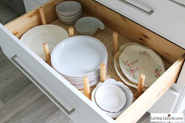 Plate drawer - The best Kitchen Cabinet Organization Ideas! This Modern Farmhouse White Kitchen is full of clever ways to organize cabinets. Home organizing inspiration.