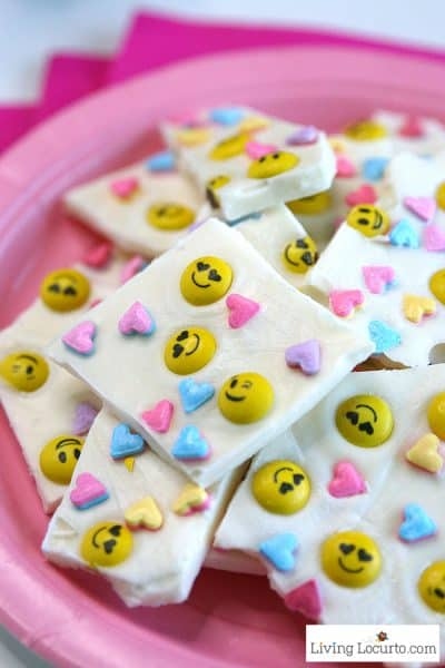 Emoji Chocolate Bark | Valentine's Day Treat