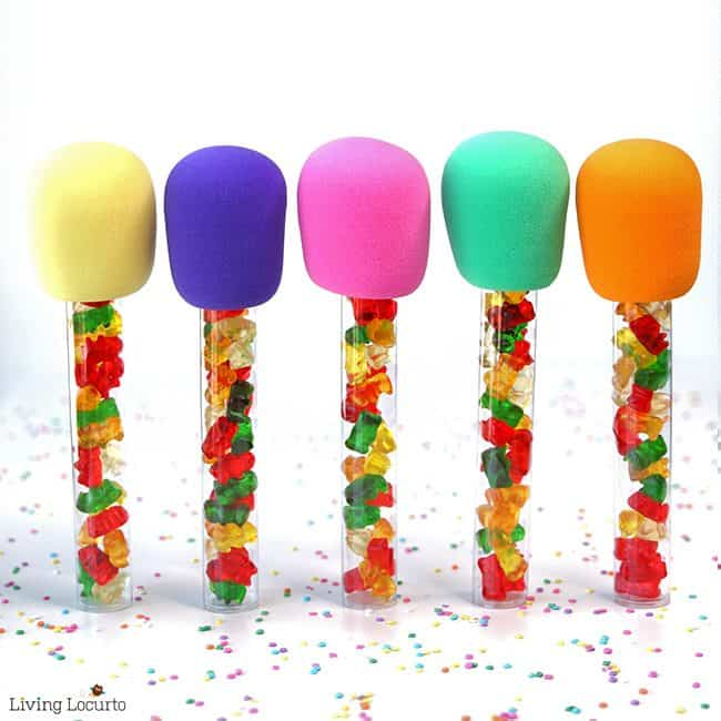 Cute Candy Microphone Party Favors! Easy DIY fun food craft for a birthday, gift or any celebration! Filled with gummy bears these treats make kids sing with delight!