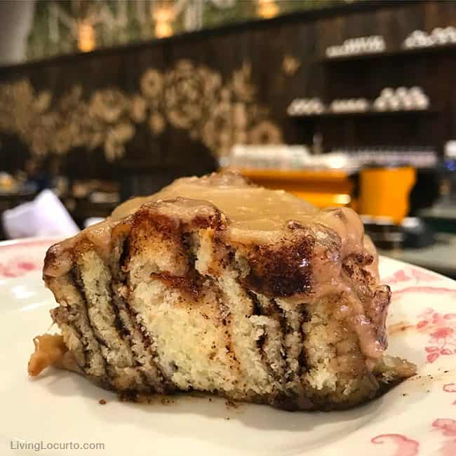 Top 3 Favorite Things to do in Oklahoma. Travel Tips - Pawhuska The Pioneer Woman Mercantile Cinnamon Rolls