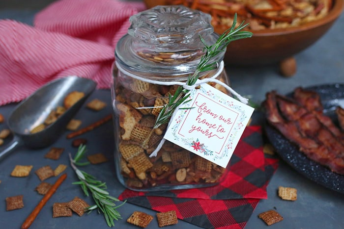 How to make Bacon Chex Mix. Beautiful and delicious gift in a jar with printable tags.