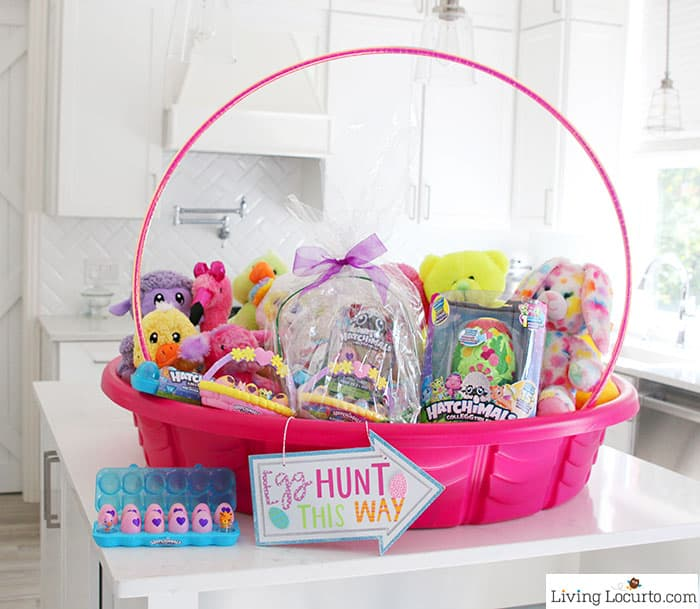 Easter Egg Hunt Ideas and Giant Easter Basket to inspire you to get creative for Easter! Hatchimals CollEGGtibles will make Easter egg hunts extra exciting!