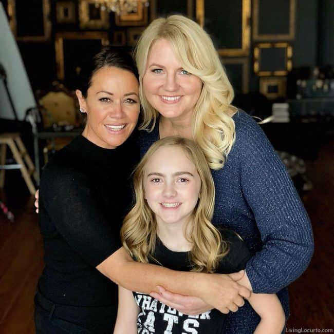 3 Reasons Why You Need to Be In Photos Now! Sue Bryce, Amy Locurto and daughter.