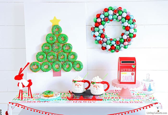 How to make an easy Christmas Tree Donut Wall. This simple Holiday party food craft and Christmas decoration will wow your guests. by Living Locurto