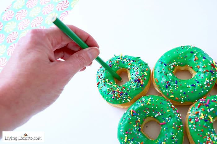 How to make a Christmas Tree Donut Wall - Step 4. Easy Christmas Party Food Craft by Living Locurto