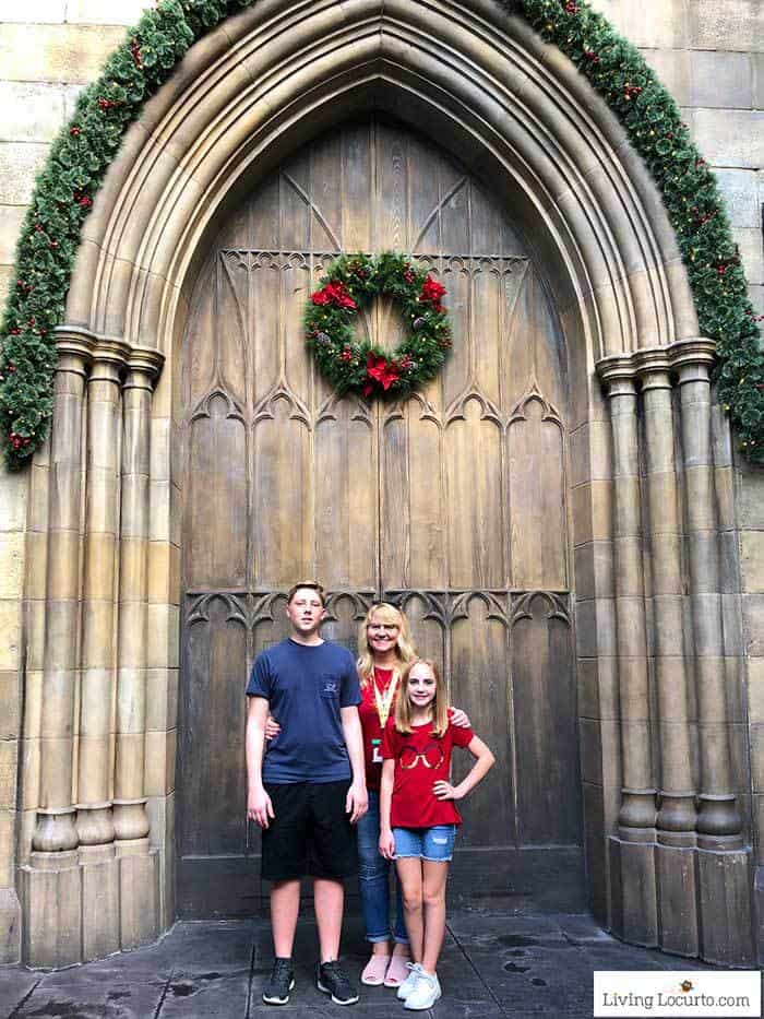 Amy Locurto Travel and Food Blogger | 5 Reasons to Celebrate Christmas at Universal Orlando. Learn what's new this holiday season and get travel tips to make your Christmas vacation special.