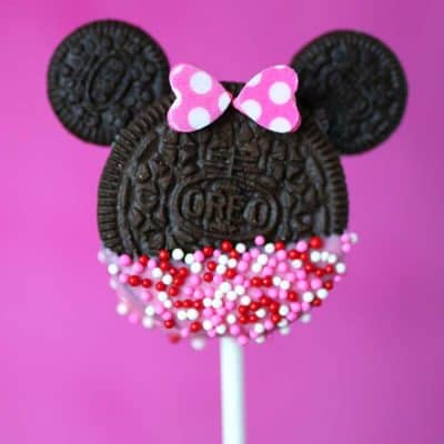 Minnie Mouse Cookie Pops - Valentine's Day Dessert Recipe Living Locurto