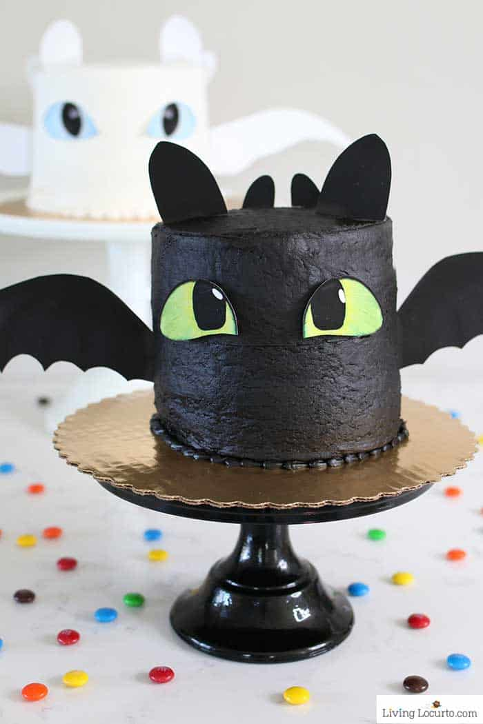 Easy How To Train Your Dragon Cake Tutorial! Fluffy white cake recipe for a Night Fury dragon birthday cake. LivingLocurto.com