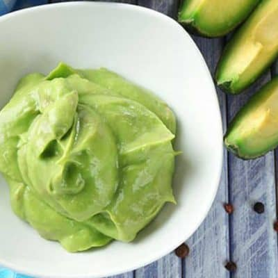 Avocado-Face-Mask-DIY-Recipe-Living-Locurto