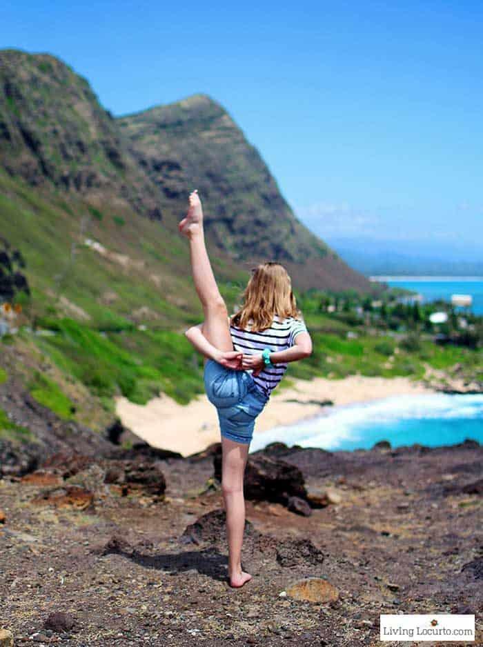Scenic View - Cheer Yoga Pose - Honolulu Hawaii Travel Tips - Living Locurto