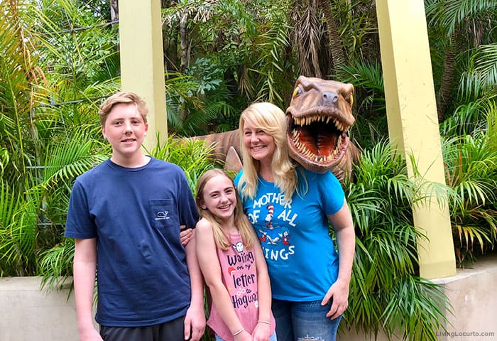 Universal Orlando photo with a Dinosaur in Jurassic Park